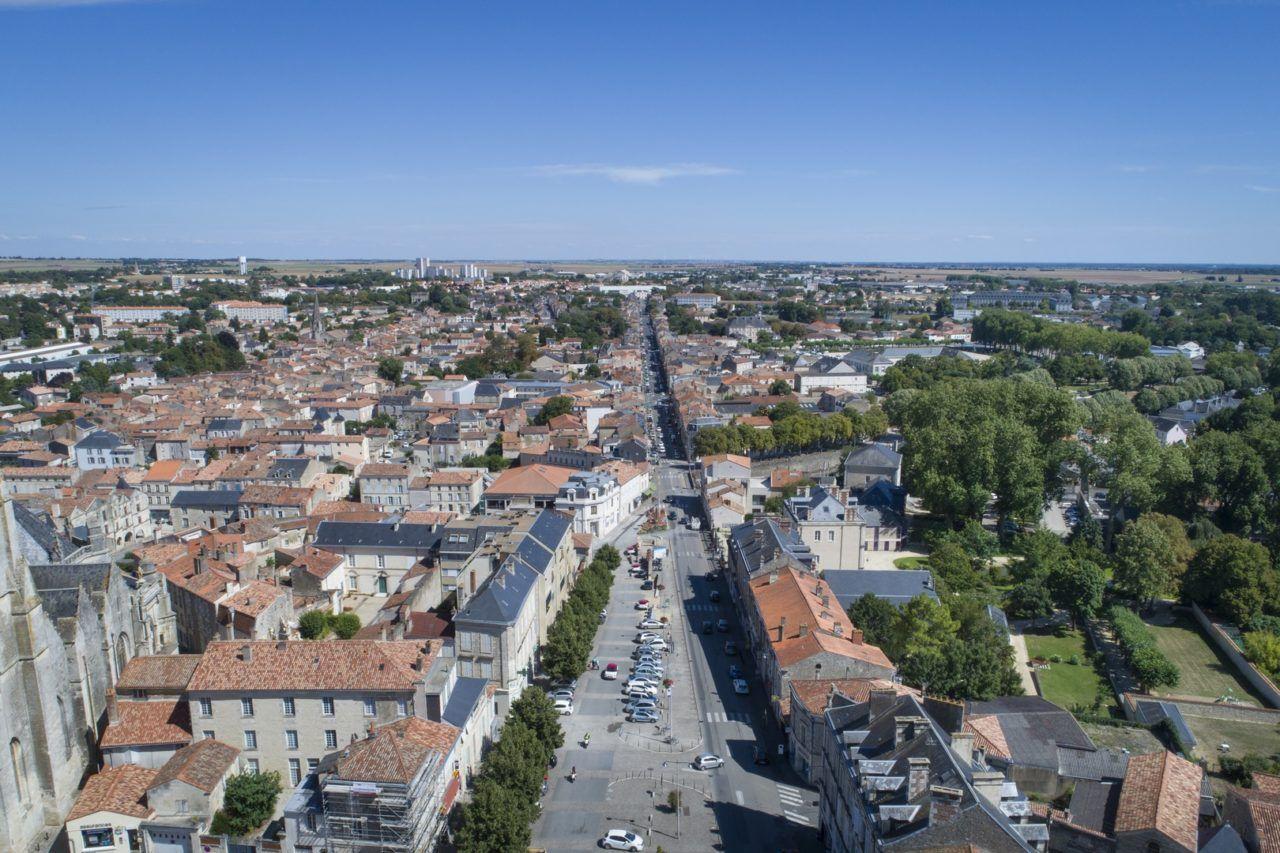 Vue aérienne Fontenay_ Medhi Media