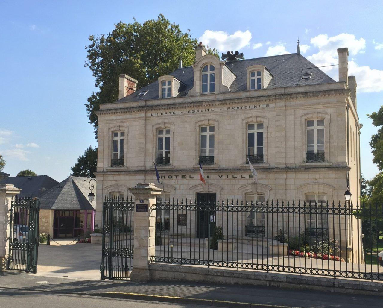 Fontenay le Comte (1)